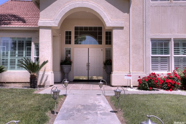1871 Montreux Way, Turlock, CA - USA (photo 5)