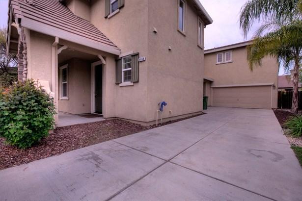 4160 Tahama Ln, Turlock, CA - USA (photo 4)