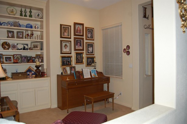 4626 Visions Dr, Turlock, CA - USA (photo 4)