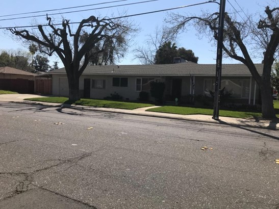 1802 Miller Ave, Modesto, CA - USA (photo 1)