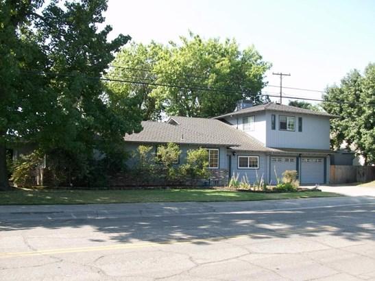 101 S Fairmont Ave, Lodi, CA - USA (photo 3)