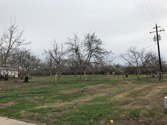 15806 Vinewood Ave, Livingston, CA - USA (photo 3)