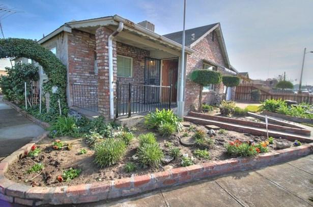 230 Acacia Ave, Manteca, CA - USA (photo 4)
