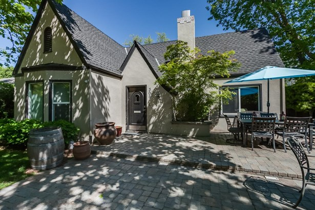 305 Griswold Ave, Modesto, CA - USA (photo 4)