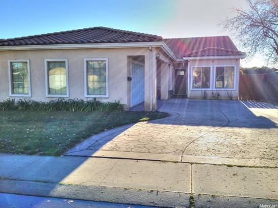 2319 Strivens Ave, Modesto, CA - USA (photo 2)
