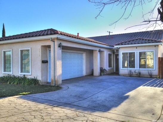 2319 Strivens Ave, Modesto, CA - USA (photo 3)