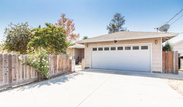 1032 Park St, Turlock, CA - USA (photo 2)