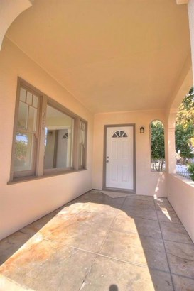 939 Windeler Ave, Tracy, CA - USA (photo 4)