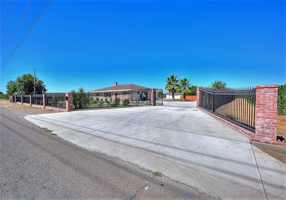 3901 Finney Rd, Modesto, CA - USA (photo 1)