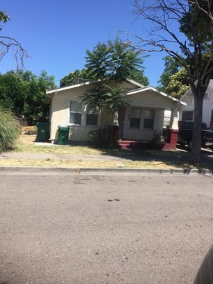 327 E Noble St, Stockton, CA - USA (photo 1)