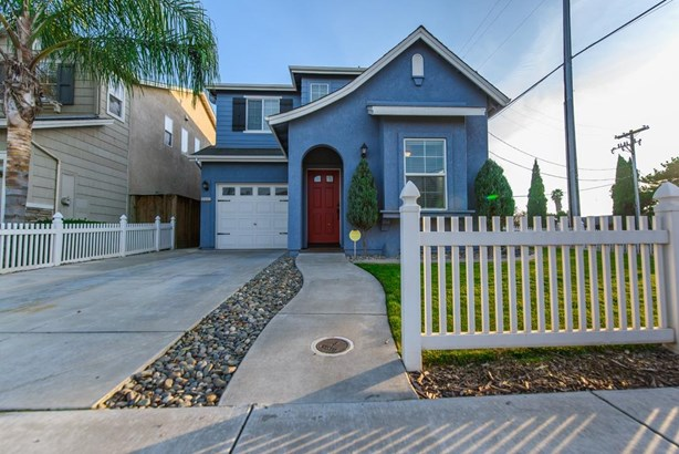 2602 Country Manor Dr, Riverbank, CA - USA (photo 1)