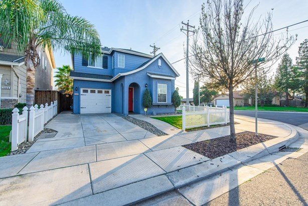 2602 Country Manor Dr, Riverbank, CA - USA (photo 4)