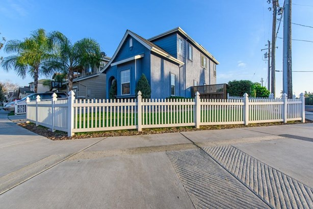 2602 Country Manor Dr, Riverbank, CA - USA (photo 5)