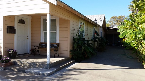 1541 Mitchell Ave, Escalon, CA - USA (photo 1)