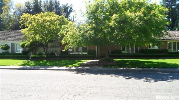 933 Carolyn Ave, Modesto, CA - USA (photo 1)