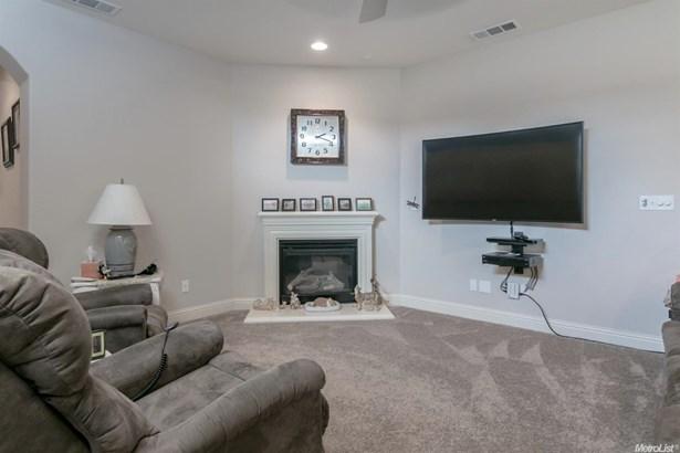 1285 Grange Way, Ripon, CA - USA (photo 4)