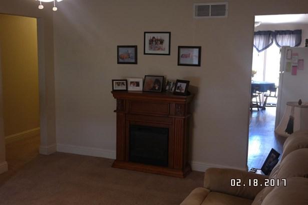 2302 Pinasco Rd, Stockton, CA - USA (photo 3)
