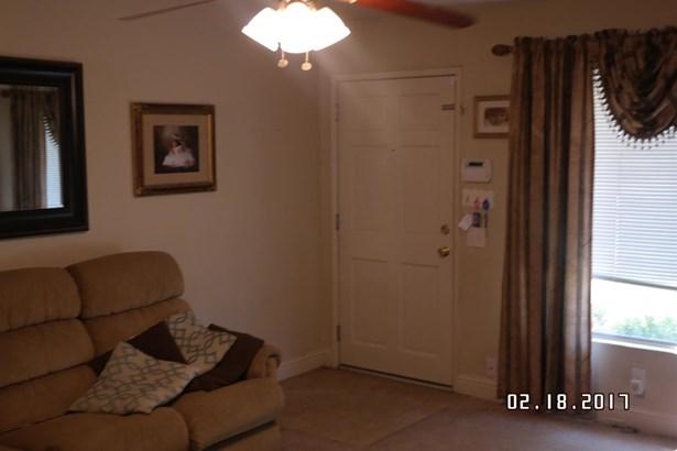 2302 Pinasco Rd, Stockton, CA - USA (photo 4)