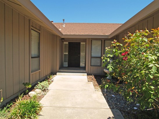 201 Griswold Ave, Modesto, CA - USA (photo 5)