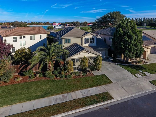 305 Oak Branch St, Oakdale, CA - USA (photo 3)