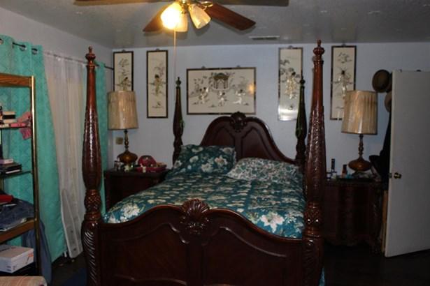 975 Williamson Rd, Manteca, CA - USA (photo 5)