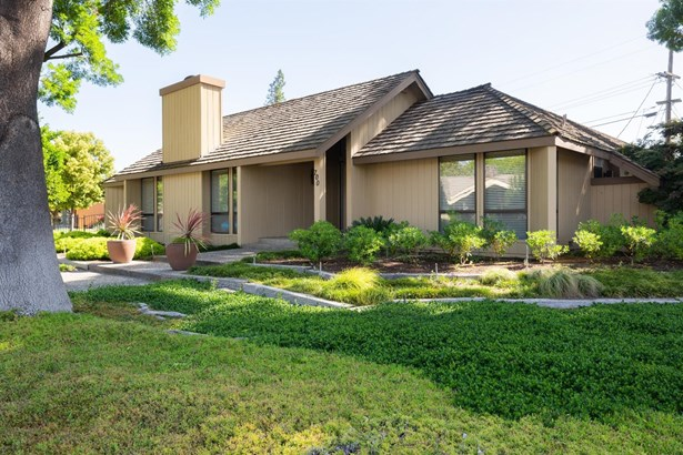 700 Leytonstone Ave, Modesto, CA - USA (photo 2)