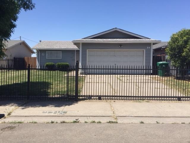2215 S Sacramento St, Stockton, CA - USA (photo 1)
