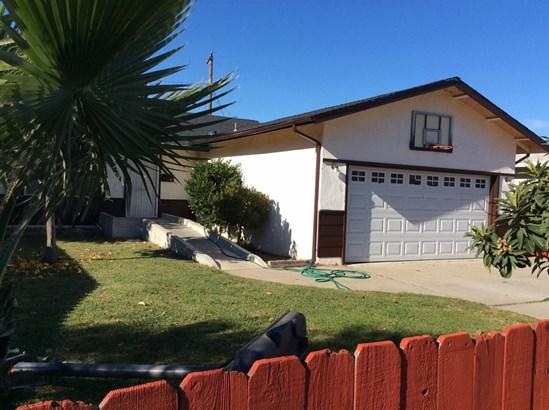 923 Woodrow St, Lodi, CA - USA (photo 2)