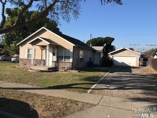 221 Acacia Ave, Manteca, CA - USA (photo 3)