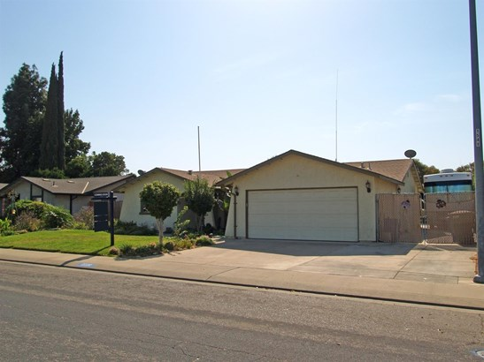 2220 Ridgeway Dr, Ceres, CA - USA (photo 3)