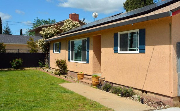 13413 E Live Oak Rd, Lodi, CA - USA (photo 2)