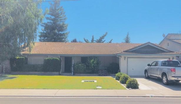 612 Robert Ave, Ripon, CA - USA (photo 1)