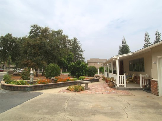 2455 Topeka St, Riverbank, CA - USA (photo 3)