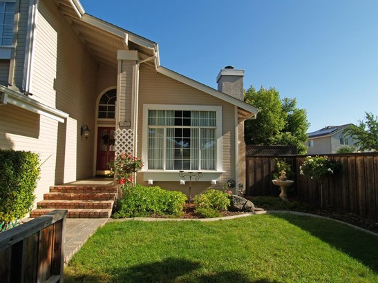 1552 Crestwood, Escalon, CA - USA (photo 3)