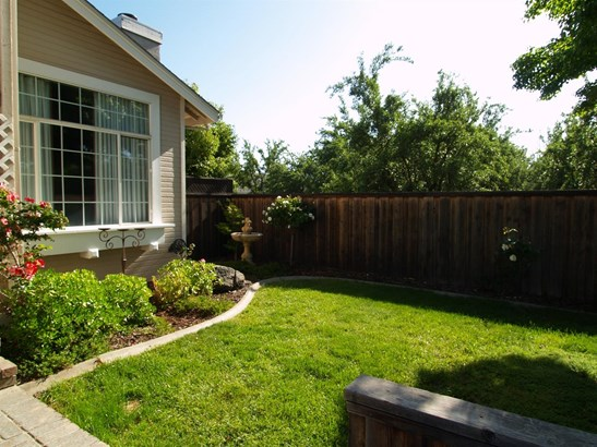 1552 Crestwood, Escalon, CA - USA (photo 4)