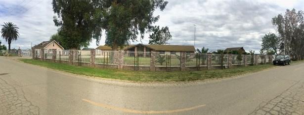 1742 Orange Ave, Patterson, CA - USA (photo 1)