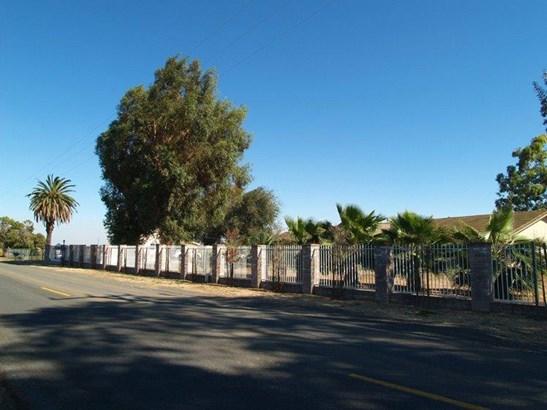 1742 Orange Ave, Patterson, CA - USA (photo 2)