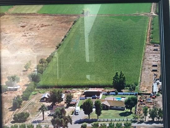 1742 Orange Ave, Patterson, CA - USA (photo 5)
