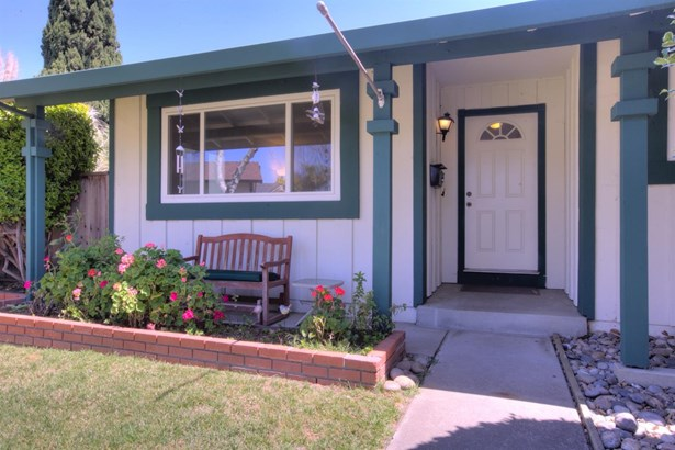 2806 Zinnia, Union City, CA - USA (photo 3)