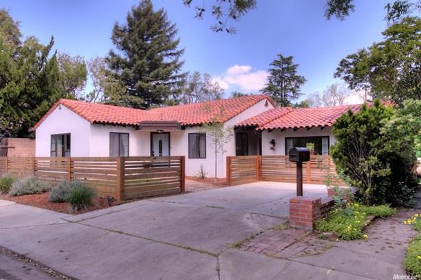 1128 College Ave, Modesto, CA - USA (photo 2)