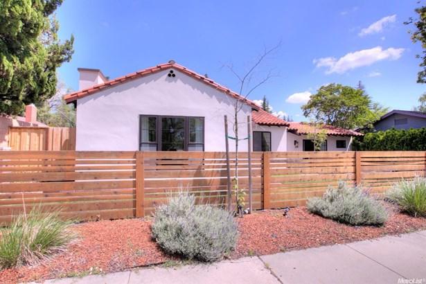 1128 College Ave, Modesto, CA - USA (photo 3)