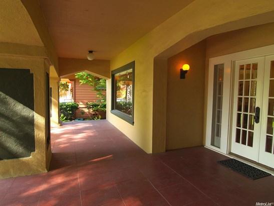 214 Magnolia Ave, Modesto, CA - USA (photo 4)