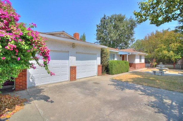 125 Hintze Ave, Modesto, CA - USA (photo 1)