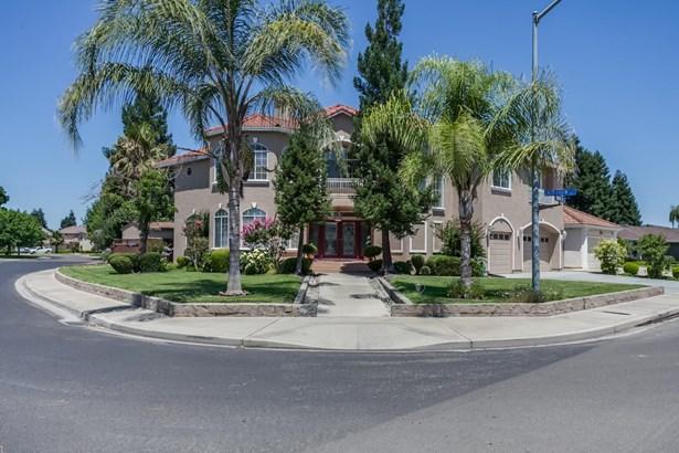 2691 Castleview Drive, Turlock, CA - USA (photo 2)