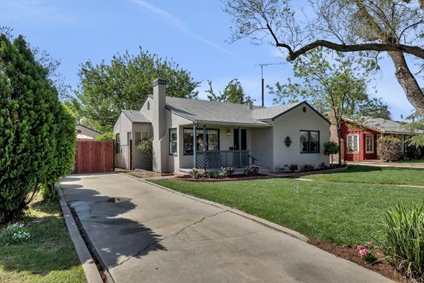 307 N Santa Cruz Ave, Modesto, CA - USA (photo 2)