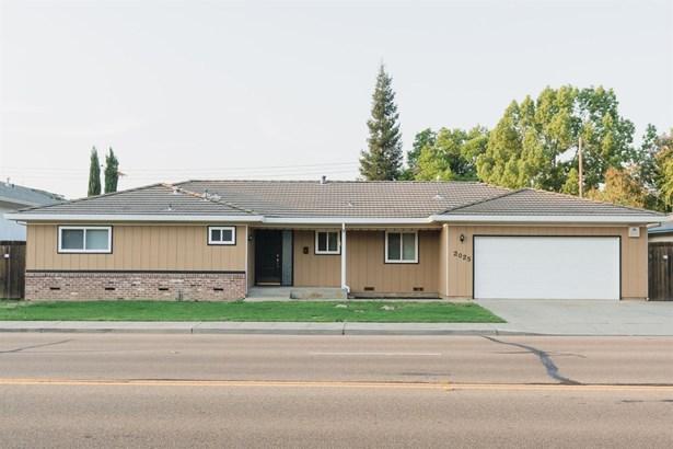 2025 W Lodi Ave, Lodi, CA - USA (photo 1)