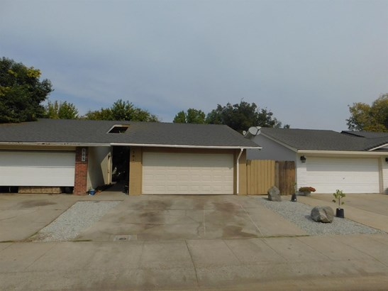 301 Lambert Ct, Lodi, CA - USA (photo 2)
