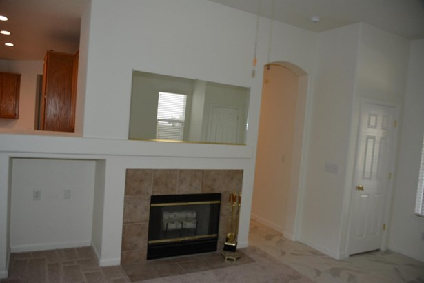 3005 Joshua Tree Cir, Stockton, CA - USA (photo 4)