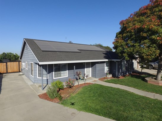 1355 Countryside Dr, Turlock, CA - USA (photo 1)