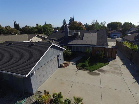 1355 Countryside Dr, Turlock, CA - USA (photo 5)
